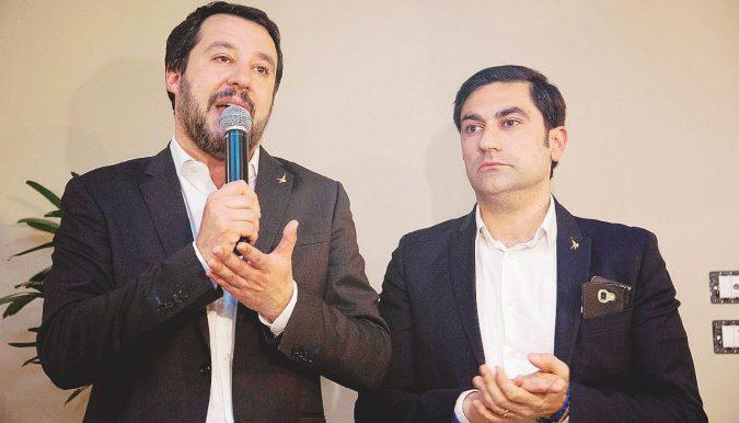 Salvini, festa calabrese. E il comizio si fa al liceo