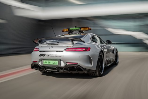 Mercedes AMG GT R, la safety car più veloce di sempre in For