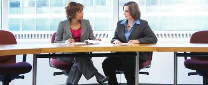 Dress for Success, dagli abiti ai corsi di formazione: 'Ridiamo autostima a donne tagliate fuori dal mondo del lavoro'