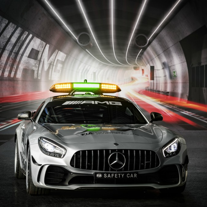 Mercedes-AMG GT R, la safety car più potente di sempre in Formula Uno – FOTO