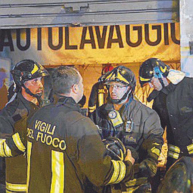 Indagato il capo (ferito) dei pompieri morti a Catania