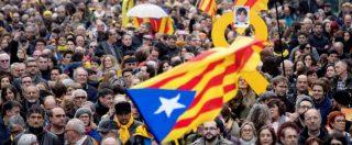 Catalogna, ex presidente Puigdemont in carcere in Germania. Manifestazioni a Barcellona: 100 feriti negli scontri
