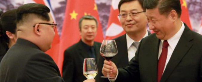 "Kim Jong-un, vertice in Cina da Xi Jinping: ""Denuclearizzare? Dipende da Usa e Seul"""