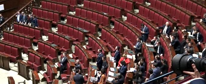 Parlamento, 18 milioni di ragioni per un governo. I primi stipendi arrivati ai neoletti allontanano il ritorno al voto
