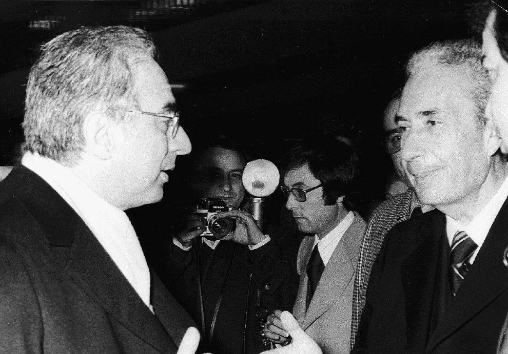 Il ministro dell'Interno – Aldo Moro assieme a Francesco Cossiga – che all'epoca guidava il Viminale – destinatario di una delle lettere dalla prigione del popolo – LaPresse