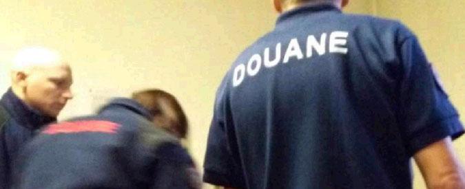 """Bardonecchia, blitz della polizia francese in centro ong. Farnesina convoca ambasciatore. Parigi: """"C'è un accordo"""""""