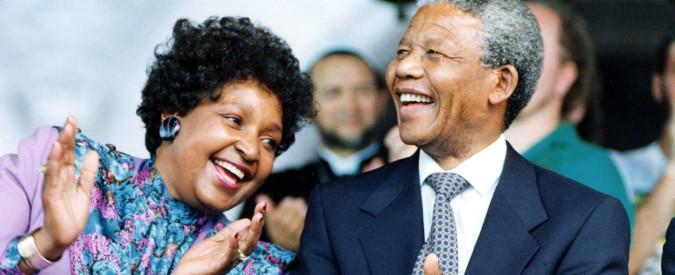 Winnie Mandela morta, addio all'ex moglie di Nelson: combattè al suo fianco contro l'apartheid