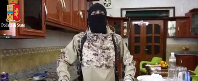 Trieste, 'come porto la cintura esplosiva in aeroporto?': minore istigava al jihad sul web. 'Pronto a fare attentato a scuola'