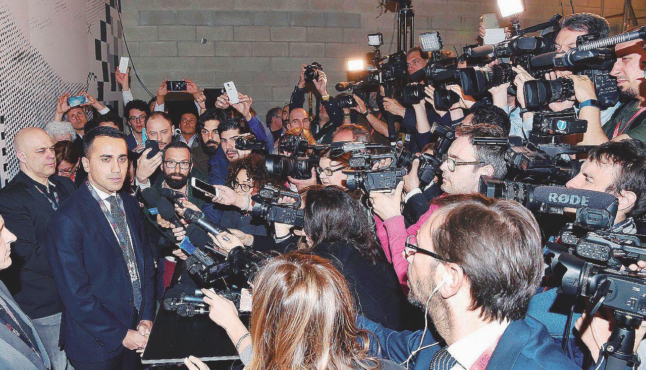 Che fatica il doppio forno: Di Maio spera che Salvini si bruci