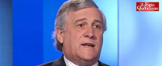 """Mussolini, il moderato Tajani lo assolve: """"Fino alla guerra con Hitler ha fatto cose positive. Infrastrutture, ponti e strade"""""""