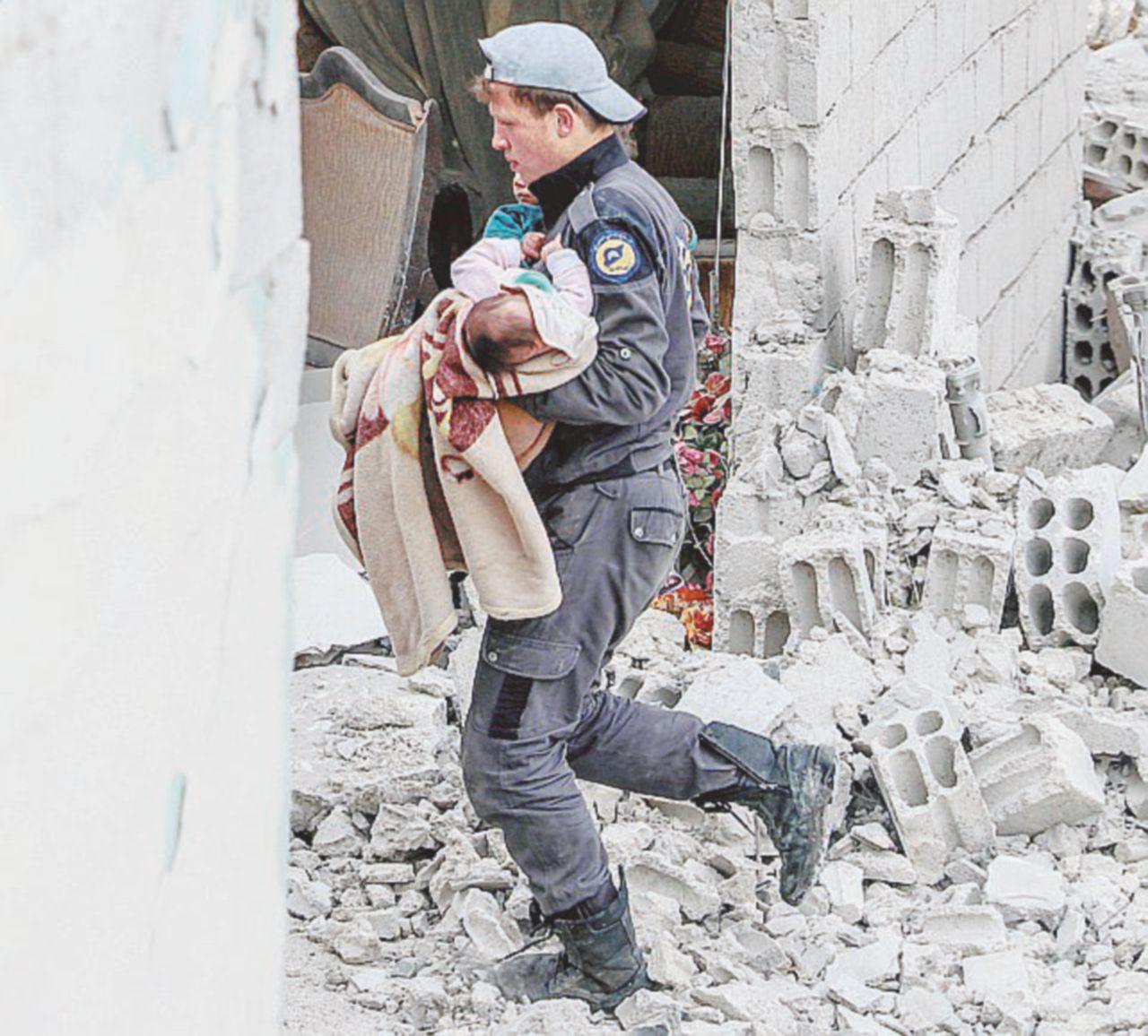 """Il gas, Assad e la sindrome """"arrivano i nostri"""""""
