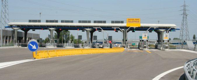 Autostrade Lombardia, Fontana propone il 'voucher mobilità'. Tanto vale ritornare a usare il carbone