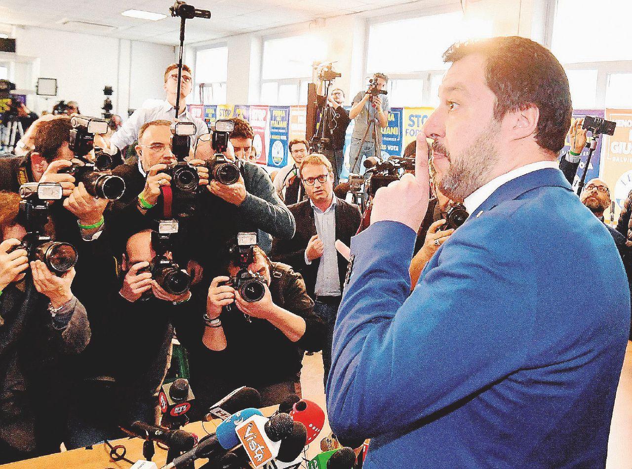 Debiti, Salvini pronto a dare la storica sede alla Procura