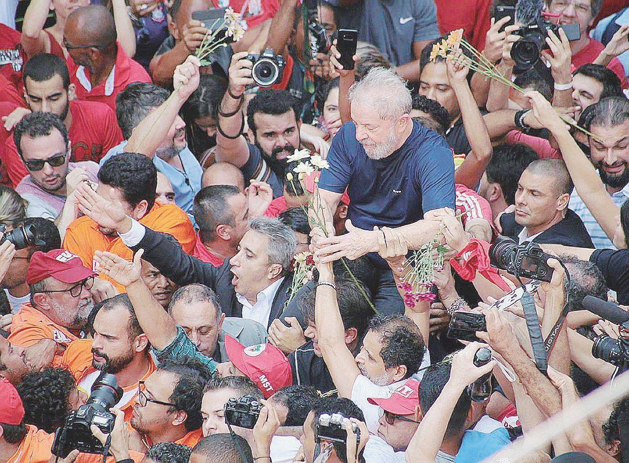 La villa, le pressioni e le mazzette: perché Lula è condannato
