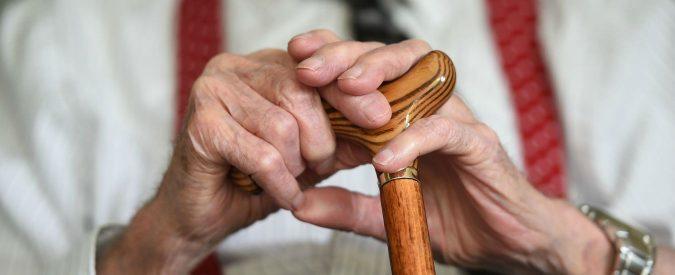 Italo si laurea in Filosofia a 82 anni 'per necessità'. Di cosa ha bisogno questo adorabile pensionato?