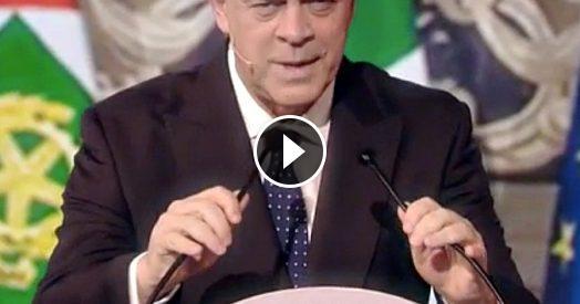 Crozza è Berlusconi Esausto Di Salvini Stargli Dietro Come Un