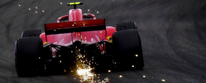 Formula 1, Gp Cina: prima fila alla Ferrari. Vettel in pole, secondo Raikkonen. Dietro le Mercedes con Bottas e Hamilton