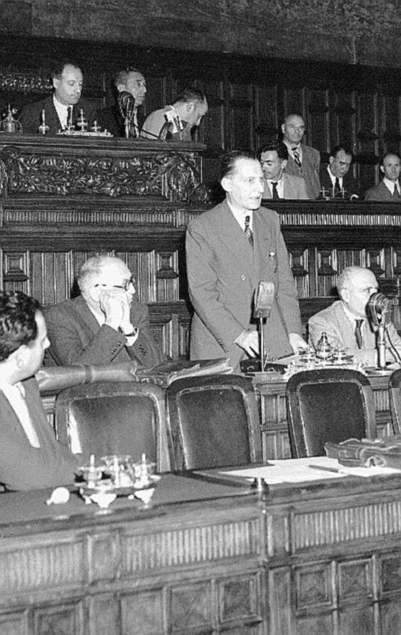"""L'articolo 11 e i limiti alle guerre """"travestite"""""""