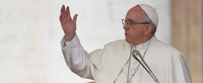 Papa Francesco, un esame di coscienza per combattere le fake news