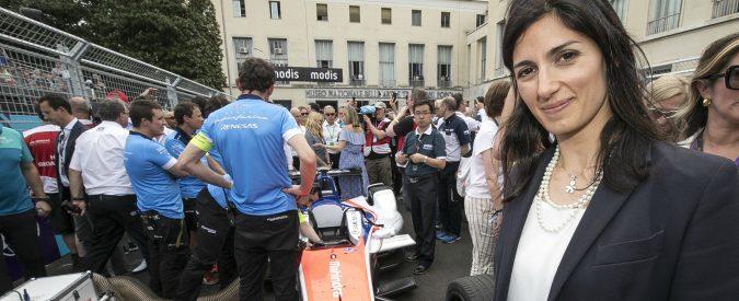 Virginia Raggi, nella Roma delle buche serve la Formula E per riaprire un sottopassaggio