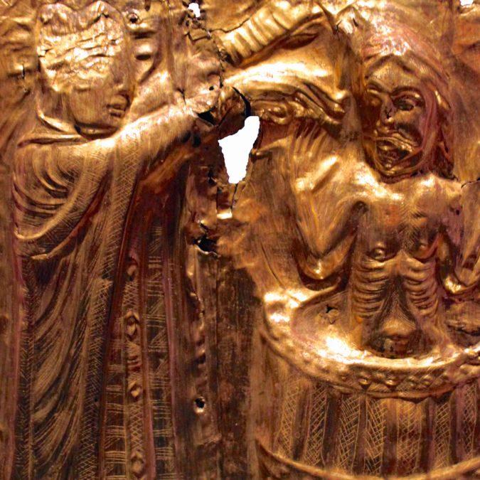 """Germania, archeologo dilettante e 13enne scoprono il tesoro del re danese Aroldo """"Dente azzurro"""""""
