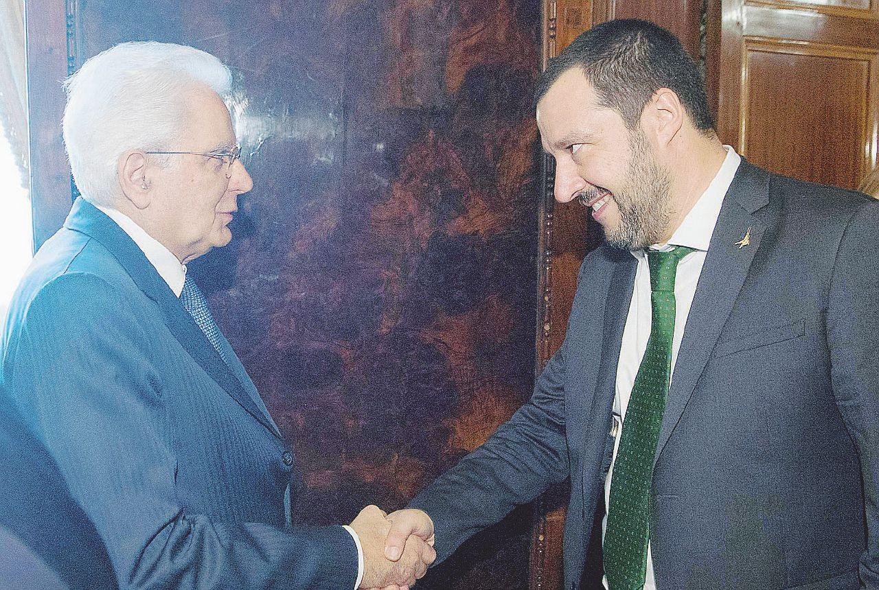 In Edicola sul Fatto Quotidiano del 17 aprile: Salvini dà gli ordini a Mattarella. Di Maio lo avverte  e riapre al Pd