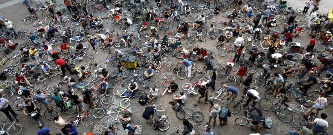 Sicurezza stradale, non facciamo confusione: più bici vuol dire meno incidenti