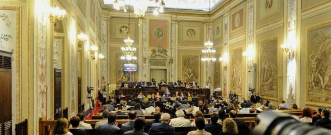 Sicilia, all'Ars parla il presidente maltese: deputati M5s lasciano l'aula per protesta