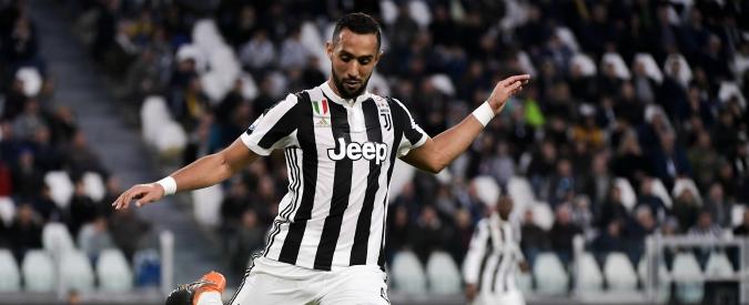 """Real-Juve, Benatia risponde con un insulto alla satira di Crozza: """"Imbecille, ti aspetto a Vinovo"""""""