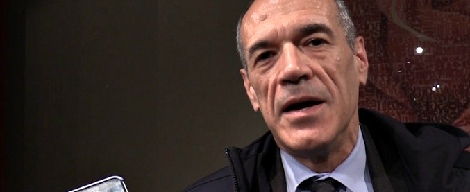 """Governo, Cottarelli: """"Io premier? Mi stupirei, l'emergenza è la legge elettorale. Per evitare aumenti Iva tagliamo i bonus"""""""