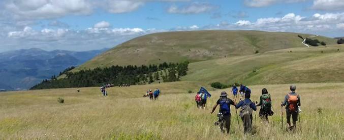 """""""Appennino, atto d'amore"""": idee di futuro per la montagna in un cammino lungo 900 chilometri"""