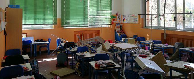 Busto Arsizio, crolla controsoffitto in scuola elementare: tre bambine ferite lievemente