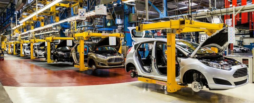 """Mercato auto, l'Europa frena. """"Pesa la campagna di demonizzazione del diesel"""""""