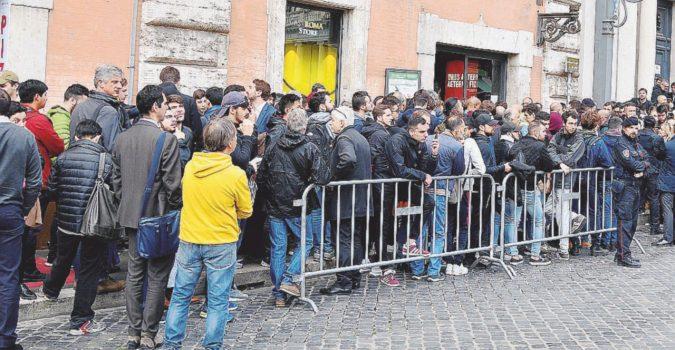Febbre da Roma-Liverpool: biglietti esauriti, bagarini scatenati