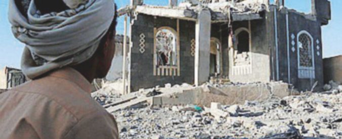 """Funzionari della Farnesina denunciati per le bombe """"italiane"""" usate nello Yemen"""