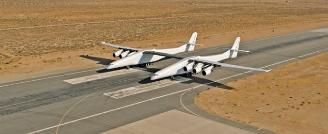 Stratolaunch, l'aereo più grande del mondo è prossimo al primo volo