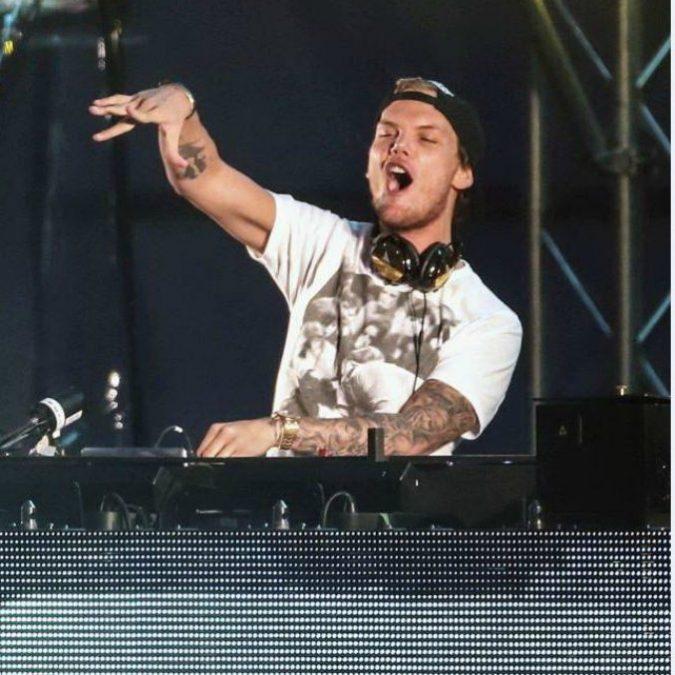 Avicii trovato morto in Oman: il dj svedese aveva 28 anni, ha collaborato con Madonna e i Coldplay