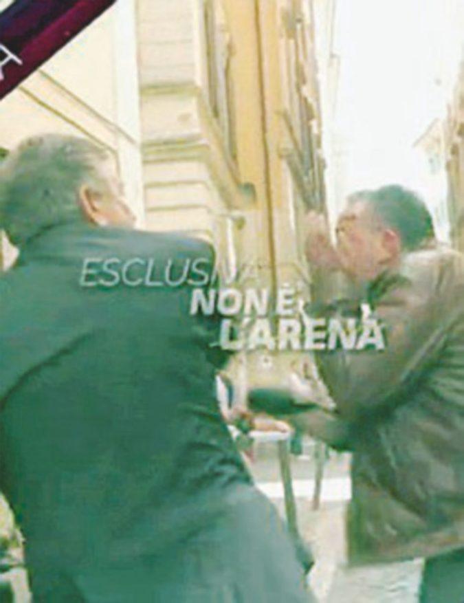 Vitalizi, lo schiaffone dell'ex ministro Landolfi al giornalista di Giletti