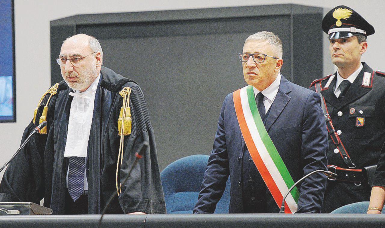 Sul Fatto Quotidiano del 21 aprile: Stato-mafia: condannati a 12 anni Mori, Subranni e Dell'Utri