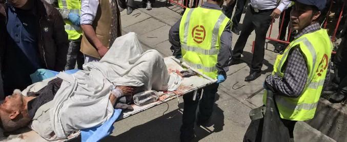 Afghanistan, l'ombra dell'Isis sul voto: kamikaze a Kabul e Baghlan, 60 morti