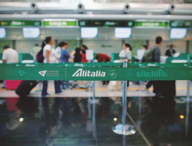 Dagli aerei agli slot: saccheggio programmato dell'Alitalia