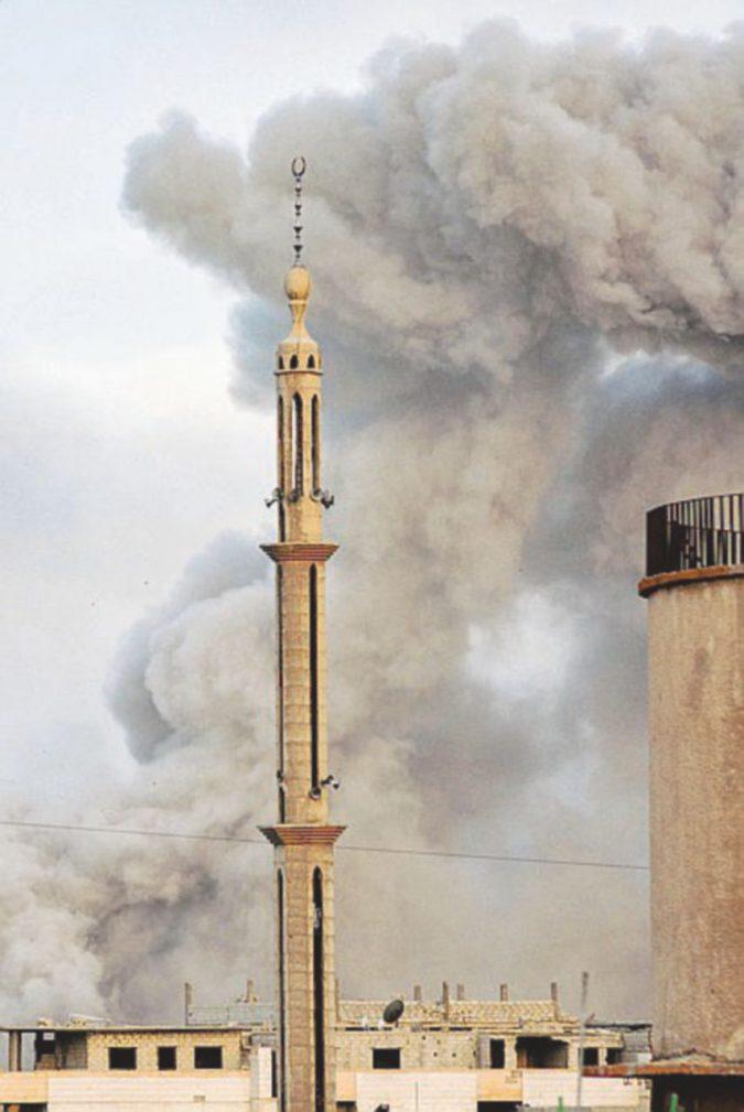Attacco con il gas, ispettori a Douma: alcuni campioni spediti in Olanda