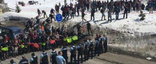 Migranti, marcia No Tav contro estremisti di destra: 4 italiani fermati dalla polizia francese per gli scontri al confine