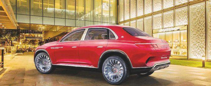 Salone di Pechino, il lusso con le auto intorno