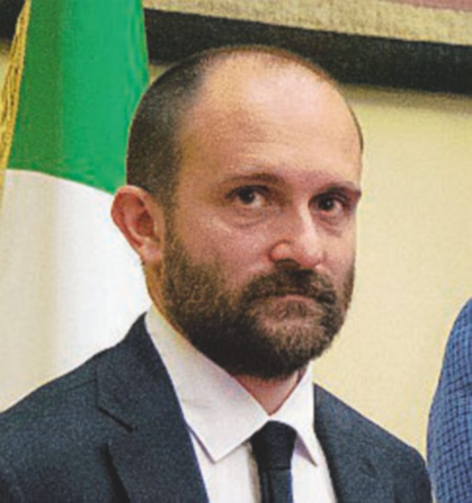 Commissario Orfini, un tempo archeologo