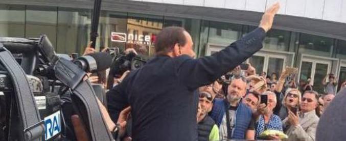 """Berlusconi: """"La gente davanti al M5s si sente come gli ebrei davanti a Hitler"""". Forza Italia: """"Ma era una frase riferita"""""""