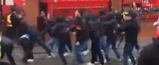 Liverpool-Roma, arrestati due tifosi giallorossi per tentato omicidio. In coma il sostenitore dei Reds