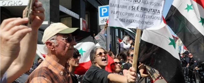 25 aprile, a Milano fischi e urla contro gli ex deportati dei Lager. Raggi contestata a Roma, quattro arresti a Firenze