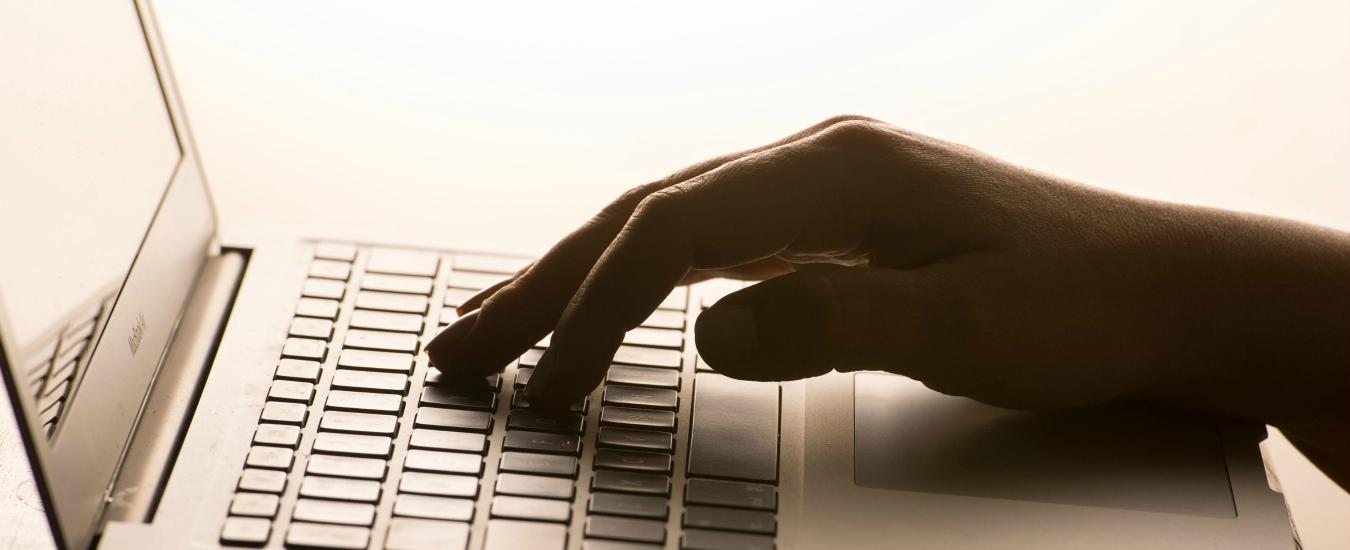 Internet, dieci regole per far sopravvivere la Rete