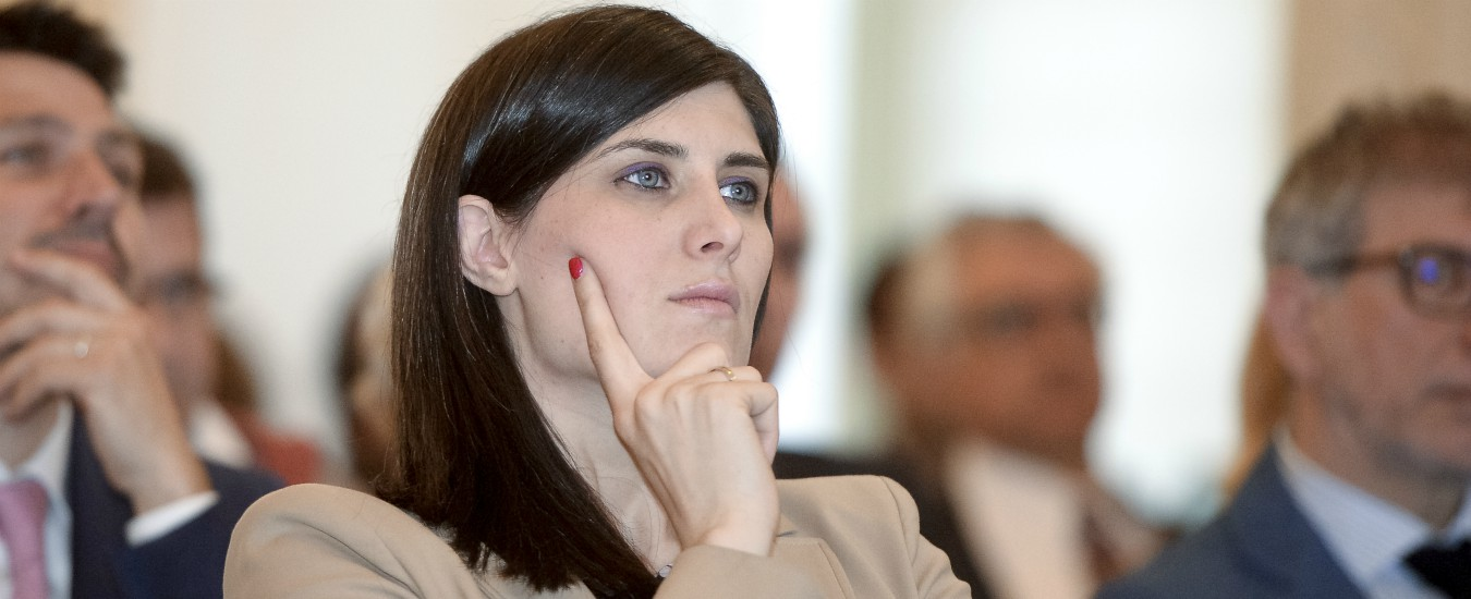 Anagrafe Torino, Chiara Appendino ha catapultato l'Italia nel futuro. Avendo tutti contro